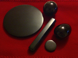 Small obsidian mirror and tools used in some Mexica / Toltec healing sessions. | Photo Cred. R. Roshon