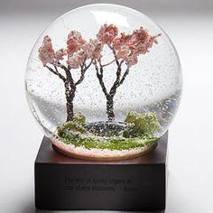 snow-globe-peace